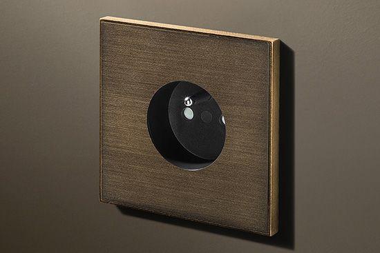 Lithoss Void stopcontact bronze antique