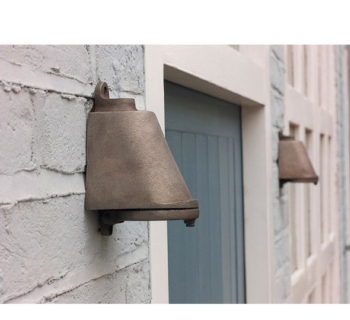 Mast LED Brons
